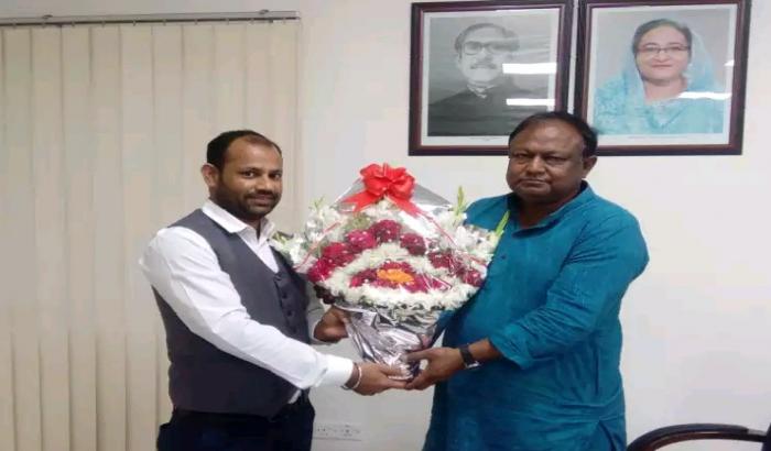 অনলাইনে ব্যবসায়ীদের বাণিজ্য সেবা নিশ্চিত করা হয়েছে : টিপু মুনশি